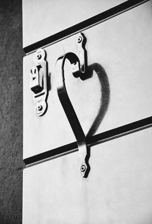 aveva un cuore quell'ombra - D. Mancini  #arredamento #interiordesign #stampe #b&w