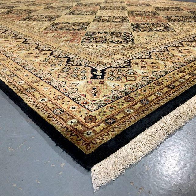 Love the balanced tones in the compartment design of Suhana rugs!  #compartment #design #suhana #rug #rugs #handmade #ruglife #rozelle #sydney #sydneystyle #sydneylocal #interiorinspiration #interiordesign #interior #livingroomdecor #decor #designinspiration #carpets #homedecor #homedesign #homestyle