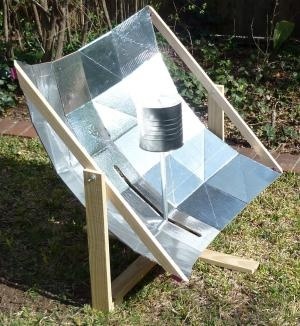 ohhhh yeahSquares Shape, Parabolic Cooker, Robinson Cooker, Camps Cooking, Shape Reflector, Cooking Outside, Solar Cooker, Faceted Parabolic, Solar Cooking