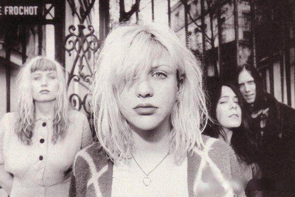 Courtney Love -1991 Hole's original 'Pretty on the Inside' line-up
