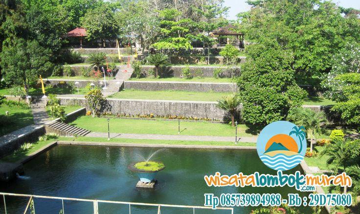 Wisata Taman Narmada Lombok Yang Penuh Sejarah.. Taman Narmada di Lombok bukan hanya sebuah taman yang sedap dipandang mata, namun Taman Narmada juga memiliki berbagai fasilitas yang dapat kita gunakan untuk bersenang – senang. Fasilitas ini meliputi fasilitas kolam dan taman. Taman di Taman Narmada dapat digunakan untuk.... . . . . . . . . . . . . . http://wisatalombokmurah.com/wisata-taman-narmada-lombok-penuh-sejarah/