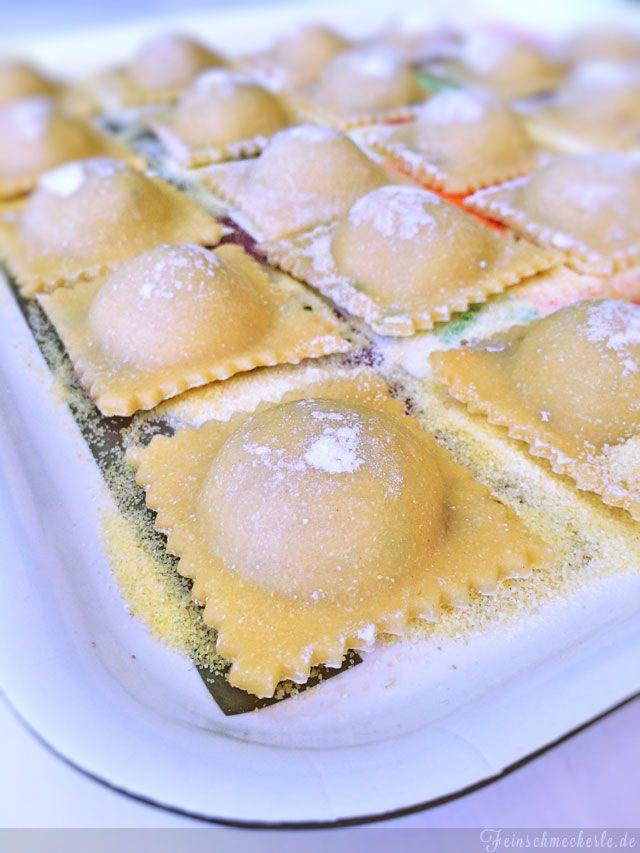 Ravioli mit Zucchini Hackfleisch Füllung