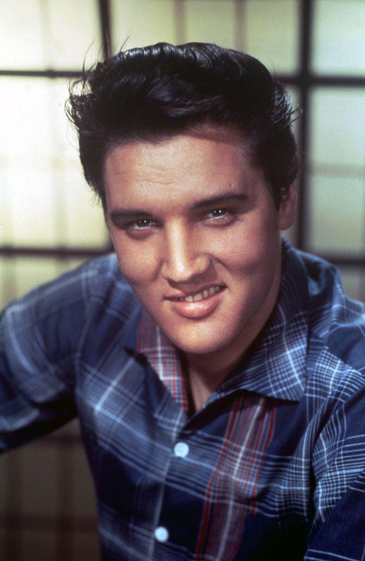 Elvis: King Creole, Flannels Shirts, Young Elvis, Elvispresley, Handsome Men, Candid 50S, Plaid Shirts, Elvis Presley, Music Elvis