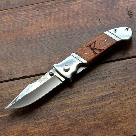 Groomsmen Knife: SOG Fielder Personalized by TheBestManGifts