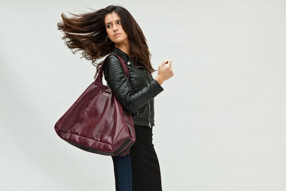 Burgundy tote bag, in goat leather
