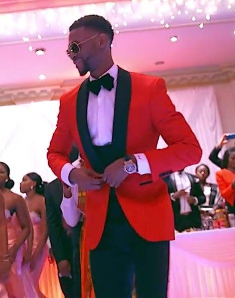 Custom Made Classic Style One Button Red Groom Tuxedos Groomsmen Men's Wedding Prom Suits Bridegroom (Jacket+Pants+Vest+Bow Tie)