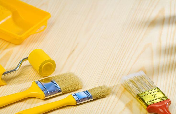 Den Shabby Chic Stil können Sie ganz ohne schleifen auf alten Holzschränken erzeugen. Wir zeigen Ihnen, was Sie dazu benötigen und wie es gemacht wird.
