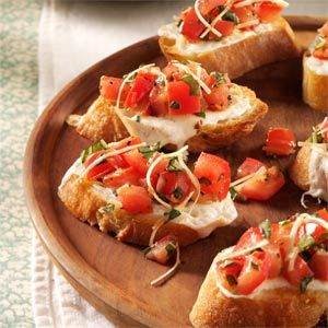 Fresh Tomato Bruschetta ~ The topping for this simple Fresh Tomato Bruschetta appetizer can be put together ahead of time and refrigerated. Also use it on top of grilled chicken sandwiches, hamburgers and homemade pizza.