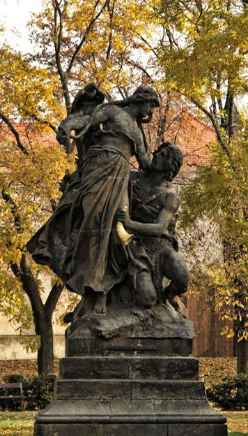Josef Václav Myslbek - Ctirad and Šárka (from sculptural group from Czech legends at Vyšehrad, Prague, Czechia (1881-1897) #sculpture #Czechia #CzechArt #art #memorial