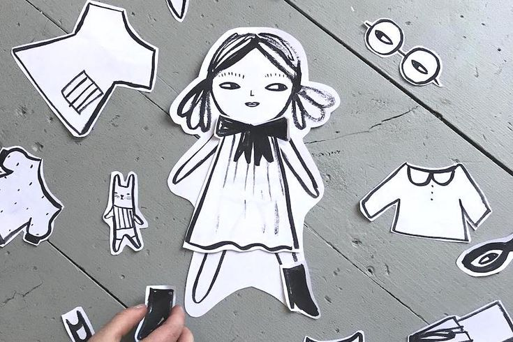 Color-your-own printable paper dolls that bring twice the creativity.