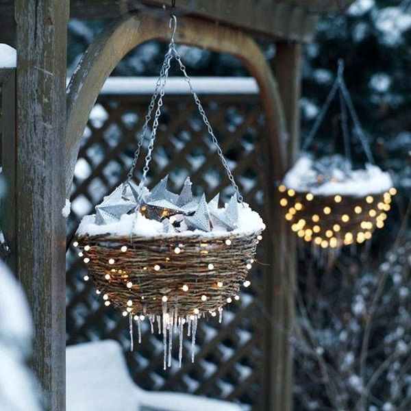 50 Best Outdoor Christmas Lighting Ideas | Meowchie's Hideout