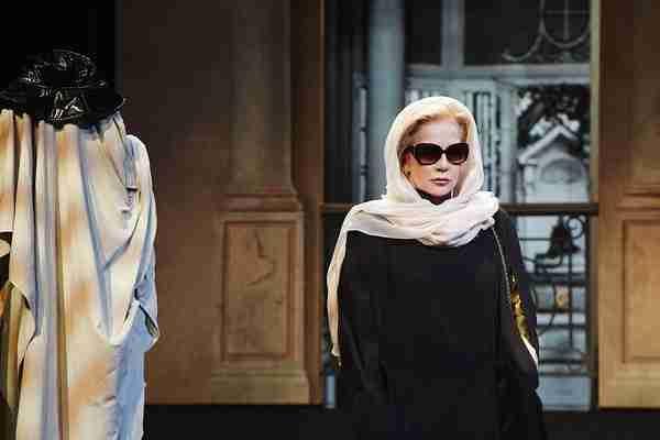 A Chalon-sur-Saône le jeudi 15 décembre, Sylvie Vartan et la comédie ne feront qu'une Info Chalon l'actualité de Info Chalon