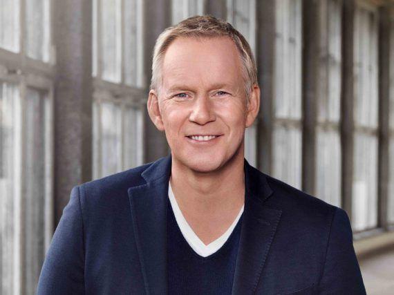 Johannes B. Kerner kehrt mit seiner Kochsendung ins TV zurück