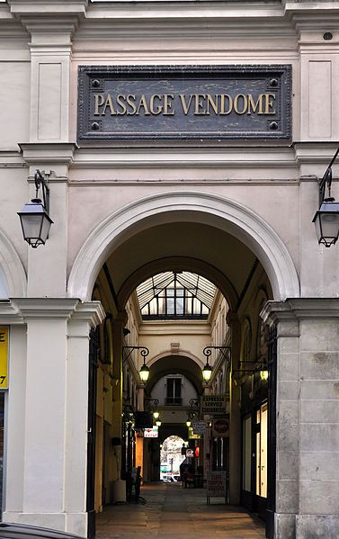 Le Marais, Temple Quarter, Passage Vendôme, Paris III Nearest hotels: My hotel in france le Marais http://www.hotel-paris-marais.fr/ Hotel De Neuve http://www.hoteldeneuveparis.com/fr/