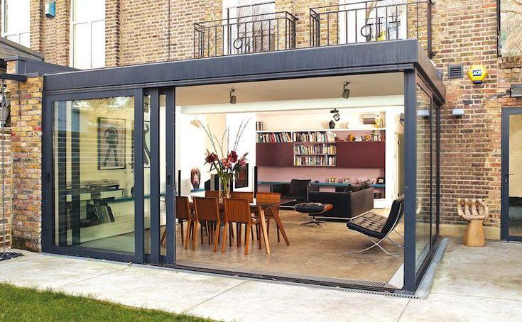 La véranda contemporaine est une partie intégrante de la maison permettant aux propriétaires d'augmenter leur espace de vie souvent restreint. Mais comment