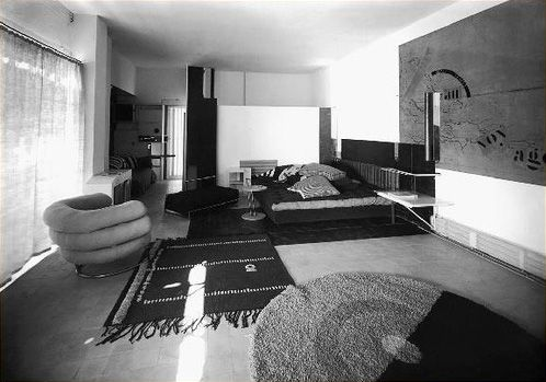 France. E-1027 house interior (before Le Corbusier's painting), Roquebrune, Cap Martin, 1926-1929 // architect: Eileen Gray