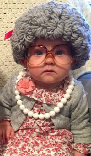 Easy DIY old lady baby costume ideas for Halloween. How to dress your baby like grandma.