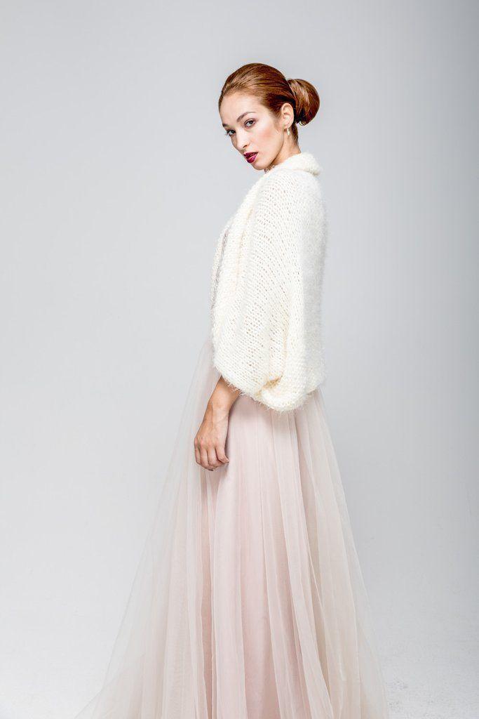 Braut Bolerojacke Aus Strick In Weiss Hold Me Now Medium Wedding Dress With Veil Bridal Cape Wedding Dresses
