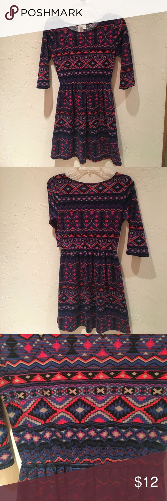 Dress Aztec patterned dress. 3/4 sleeves. Cinches around waist. From Francesca's. Some balling of the material on the chest and around elbows. Hard to see when on. Dresses Mini