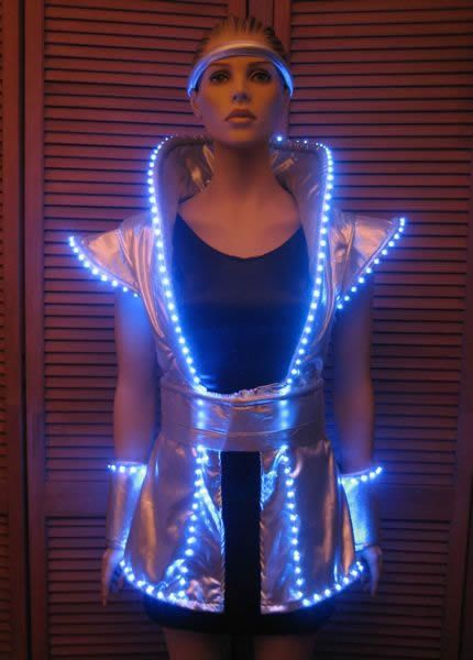 1000 images about illumination on pinterest el wire costume tron costume and burning man. Black Bedroom Furniture Sets. Home Design Ideas