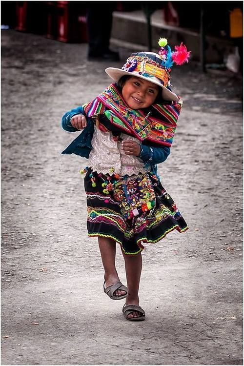 Peruvian girl dress in traditional dress
