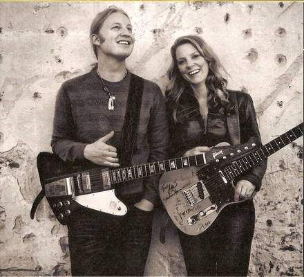 Susan Tedeschi and husband Derek Trucks. What a great couple.