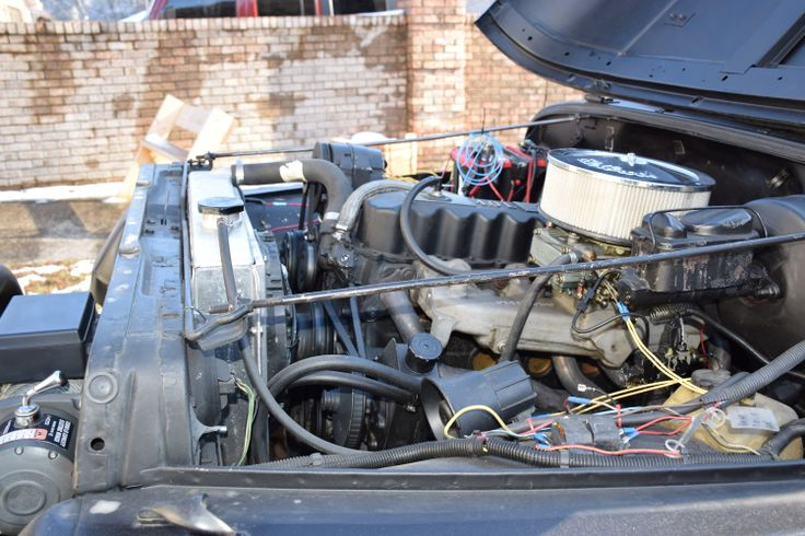 Clifford Intake, Holly Carb, Griffen Twin fan 3 row Aluminum racing radiator.
