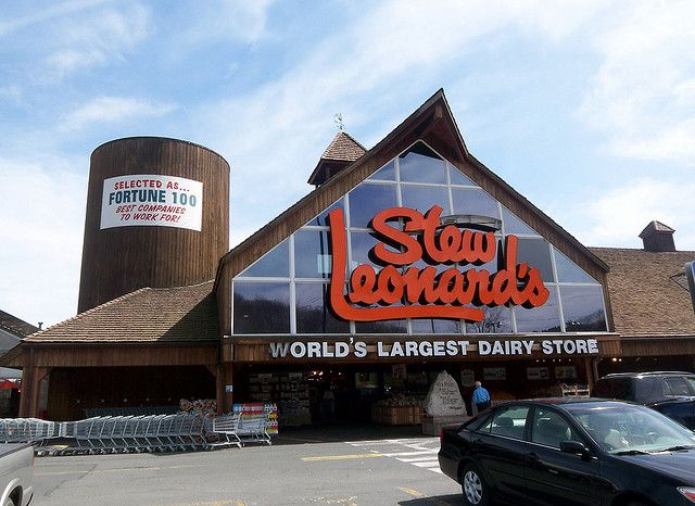 Stew Leonard's Market - Danbury, CT - The most AMAZING grocery store on the planet!!!