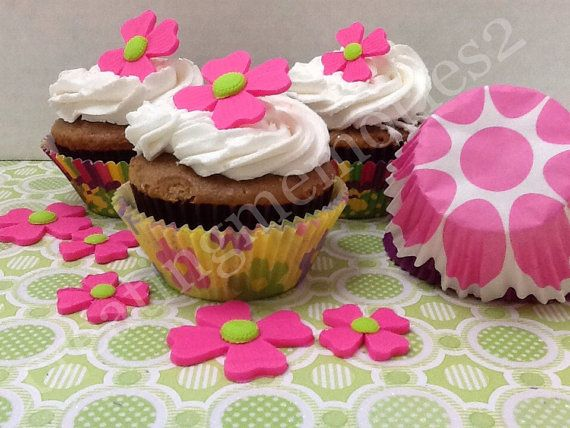 PRETTY FONDANT FLOWERS  Pink Fondant Flowers with by anafeke2, $15.00