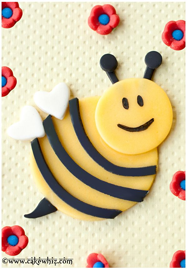 Decorate Cake With Marshmallow Fondant : 17 Best images about Abeja Maya on Pinterest Mesas ...