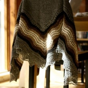 I love the style of this shawl, and even the colours - it's great!Gramma Knitcrochet, Knitcrochet Pattern, Hansel Wraps, Knits Ideas, Baby Blankets, Knits Shawl, Hap Shawl, Shawl Pattern, Shetland Trader