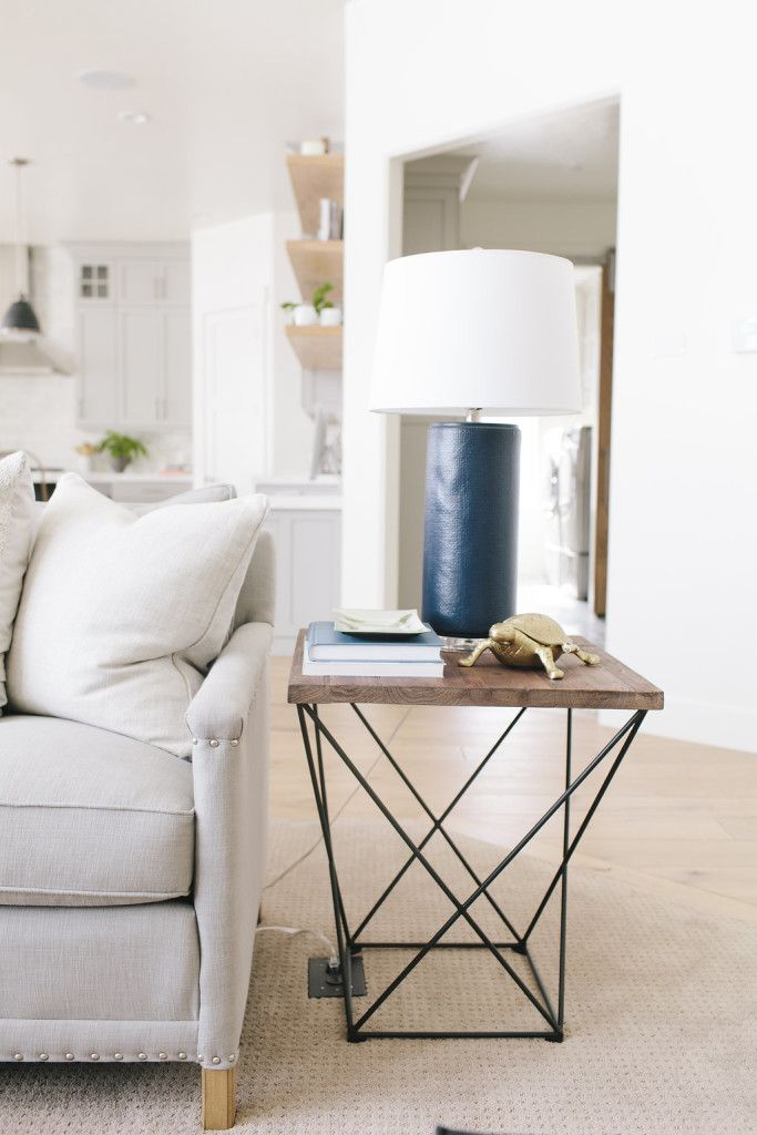 Selecting Living Room Side Tables