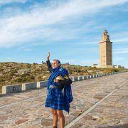Mil Espane, neto de Breogán e pai dos Celtas, amosarache o mundo mitolóxico atlántico e interpretará esta terra sagrada do Parque Escultórico da Torre de Hércules. Un auténtico museo ao aire libre repleto de historia, mitos e lendas.
