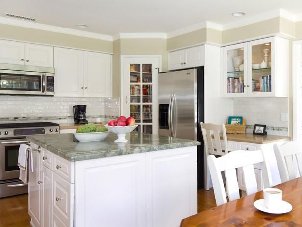 Large Family-Friendly Eat-In Kitchen - on HGTV | Kitchen ...