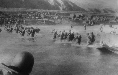 The FSSF coming ashore at Anzio