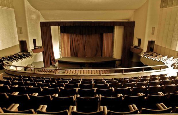 Teatro Rivoli   ripensare il BETA mondo abbandonato. Città Sociale di Valdagno. Fotografia di Valentina Dallara.