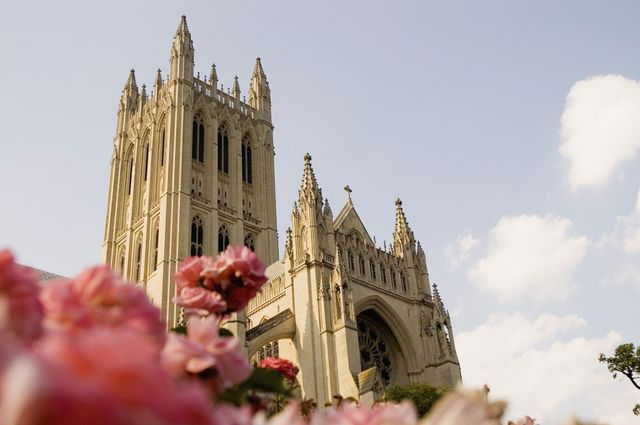 May 5 The National Cathedral Flower Mart is Washington's annual outdoor festival for garden enthusiasts and families, see the schedule for this year's event