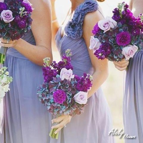¡Tus damas también son importantes! Inspírate con estas ideas para sus bouquetes.