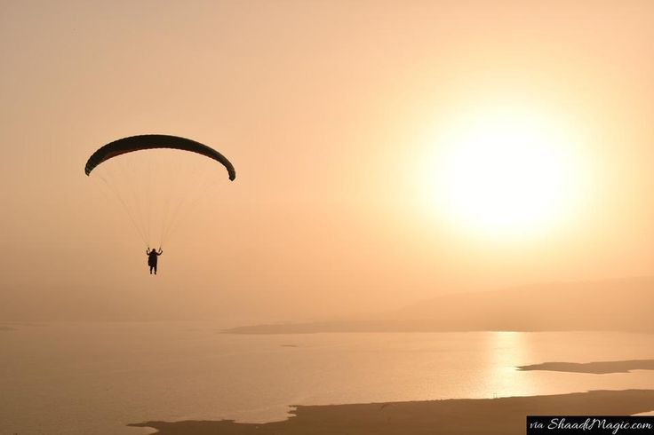 Paragliding is just meant for you in Kamshet, Maharashtra. If you always thought, the adventure is stricted towards the North of India, explore Maharashtra state and you will know what all it can offer you to have fun with your partner.