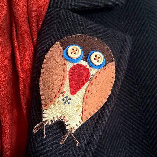 crystalia / felt owl brooche