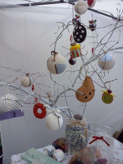 L'albero di Natale Anvia'...un po'dolce, un po'shabby..less is more!! #sweet #Christmas tree #shabby