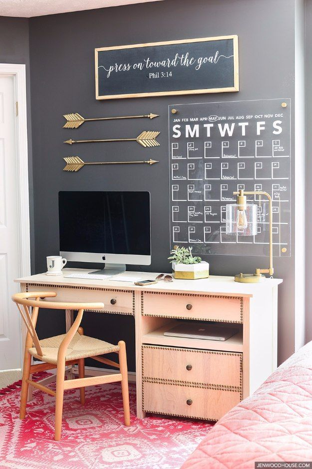DIY Home Office Decor Ideas - Stylish Acrylic Wall Calendar - Do It Yourself Desks, Tables, Wall Art, Chairs, Rugs, Seating and Desk Accessories for Your Home Office http://diyjoy.com/diy-home-office-decor