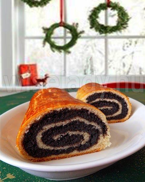 A bejgli kb. a XIX. század közepétől elengedhetetlen szereplője a karácsonyi süteményeknek. Az egykori Osztrák-Magyar Monarchia országaiban...