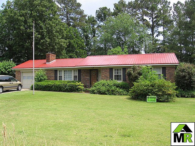 Brick Ranch Homes Ranch House Metal Roofing Flickr