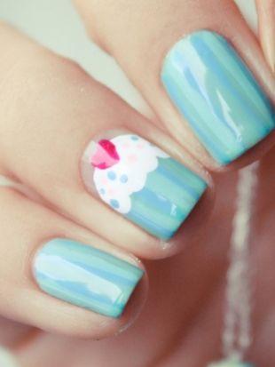 How to Make Cupcake Nail Art