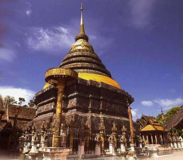Wat Phrathat Lampang Luang Lampang, Thailand
