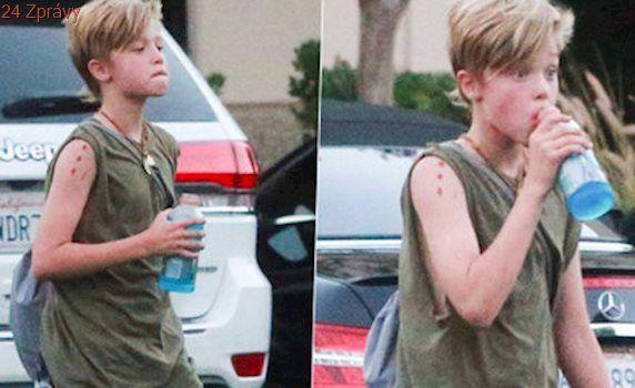 Angelina Jolie a Brad Pitt: Z dcery mají kluka! Shiloh se cítí být chlapcem
