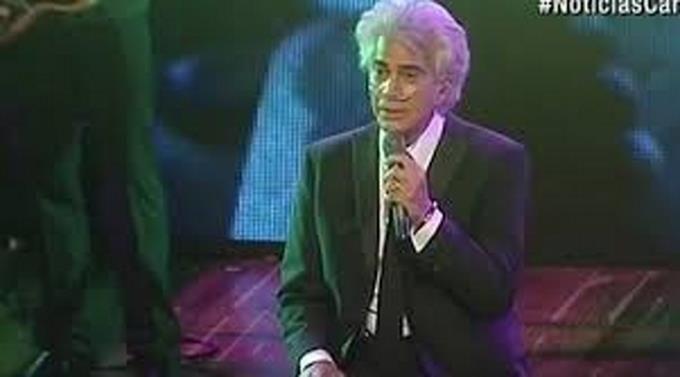 José Luis Rodríguez canta conectado a una bomba de oxígeno