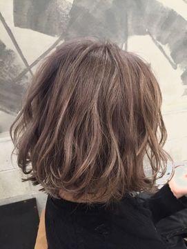 グレージュふんわりボブ - 24時間いつでもWEB予約OK!ヘアスタイル10万点以上掲載!お気に入りの髪型、人気のヘアスタイルを探すならKirei Style[キレイスタイル]で。