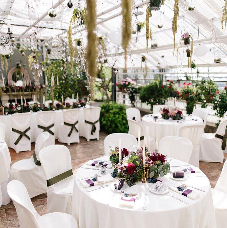 Top Hochzeitslocation bei München / Bayern. Die Alte Gärtnerei in Taufkirchen -> http://www.skop-photos.de/hochzeit-auf-schloss-amerang/